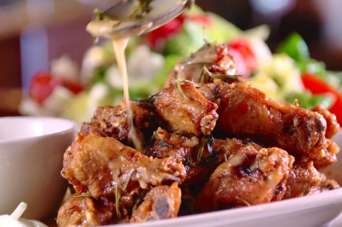 Carmine's Scarpariello Chicken Wings
