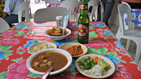 Botanas and beer at El Tuk'Tko final