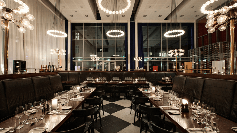 Restaurant Petri serves superior brasserie favorites. (Photos courtesy of Skt Petri.)