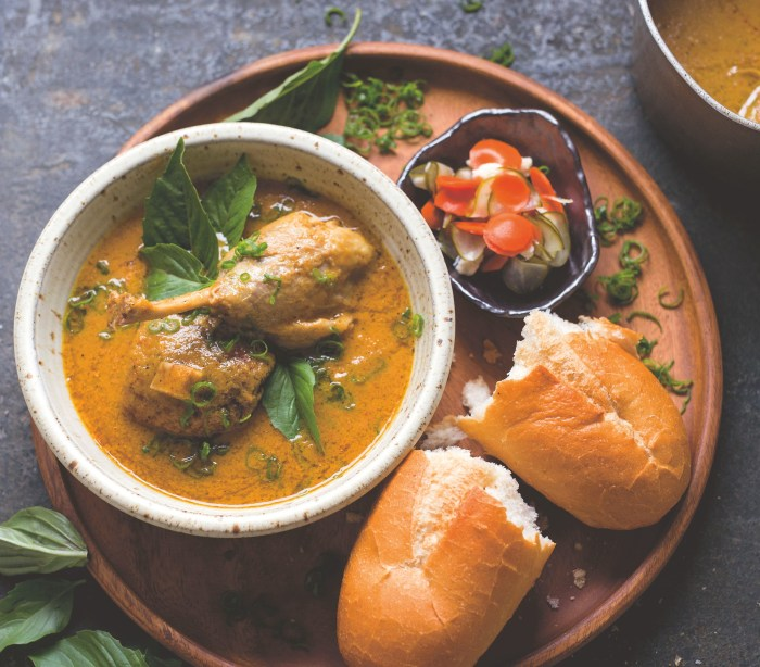 serve this vietnamese duck curry with crusty bread food