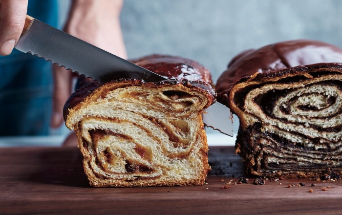 raisin walnut babka