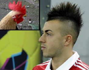 Stephan El-Shaawary- someone buys him a mirror...what the hell is he thinking