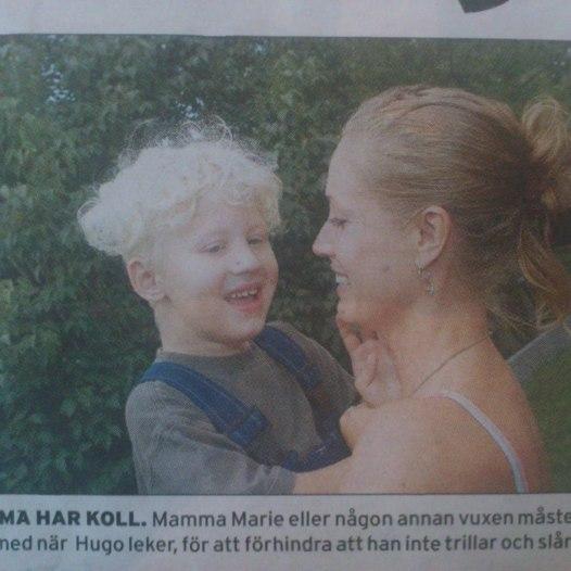 2004. Hugo & Marie i tidningen Folket.