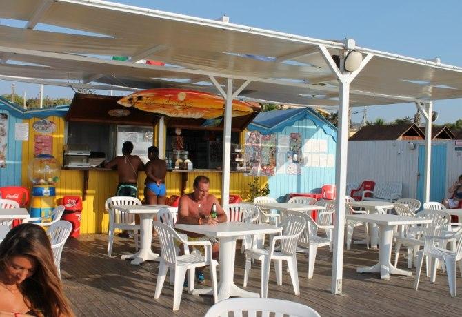 7430_7430_lido-con-bar-e-veranda-bianca