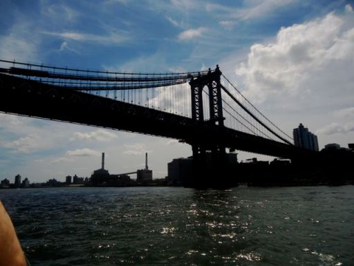 The Manhattan Bridge looking toward Brooklyn