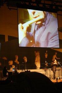 Mario Crispi in SOFFI, concerto per strumenti arcaici a fiato e computer