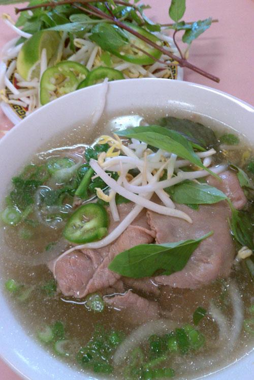 Pho Tai at Pha Hoa, Chinatown