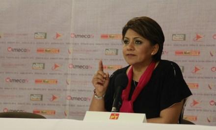 Alba Leonila pide mandar a la CHINGADA a los políticos de siempre