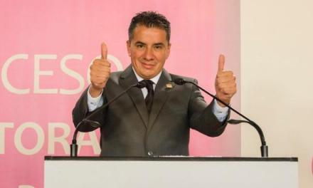 """La campaña de """"Pipo"""" Vázquez crece medio punto porcentual al día"""