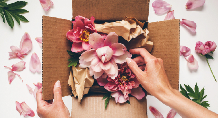 Wedding Gift Etiquette | Your Questions Answered