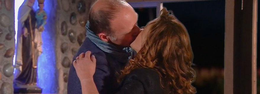 """¡Vilma y Felipe se besaron!: La aplaudida escena que protagonizó Carolina Arregui y Bastián Bodenhöfer en """"El Camionero"""""""
