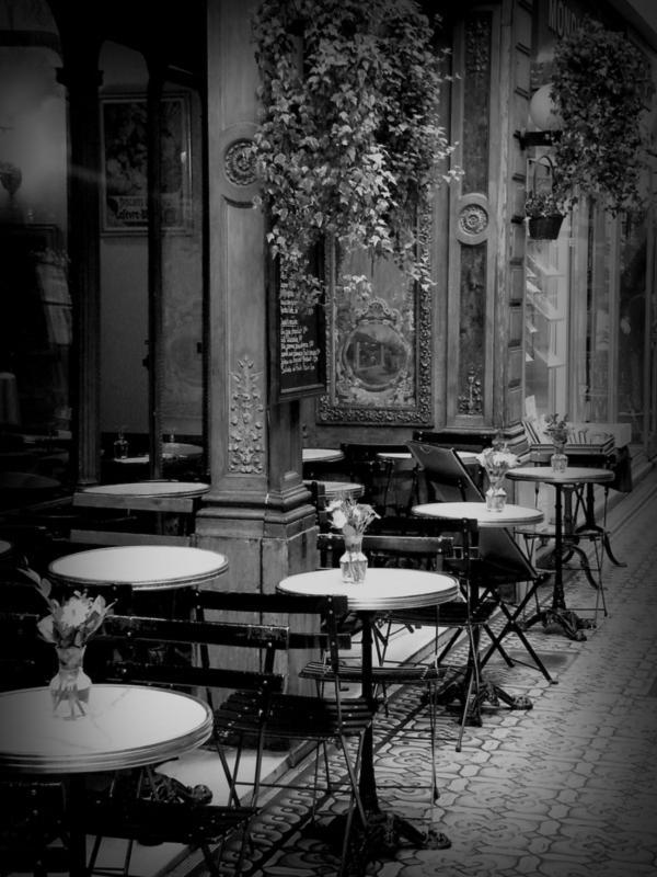 CAFÉ A LAS TRES (Anna Álvarez)