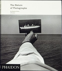 #fredagsbog – Stephen Shore – The Nature of Photographs