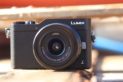 Panasonic Lumix GX800K/fot. fotoManiaK.pl