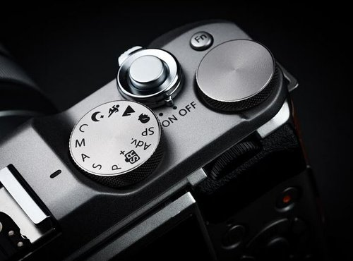 FUJIFILM X-A5-4
