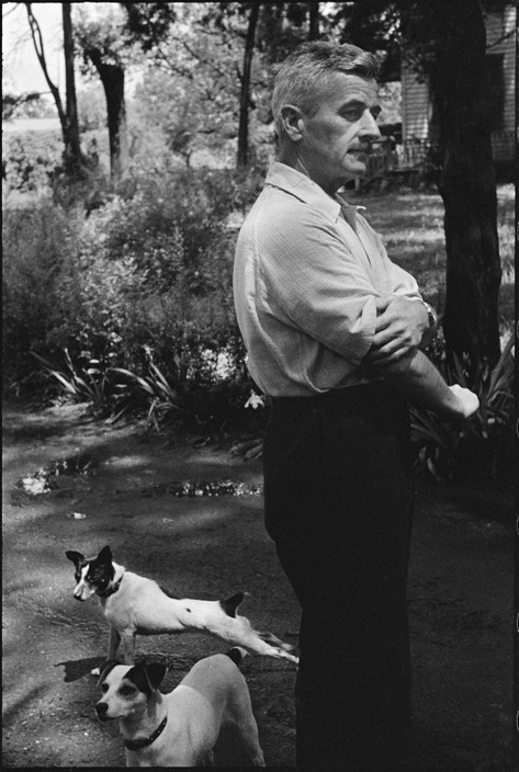 UNITED STATES. 1947. US writer William FAULKNER at home. USA. Mississipi. Oxford. 1947.