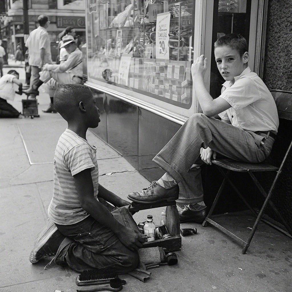 Vivian Maier, New York, NY, 1954.