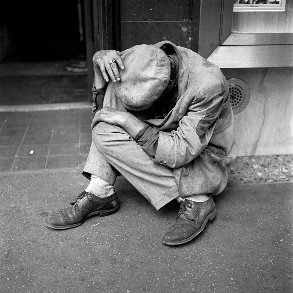 Vivian Maier, September 1953, New York, NY.
