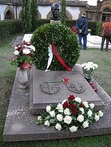La tomba di Annigoni