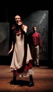 """Italia, Dalmine (BG) - 2004.02.23; Teatro del Buratto; """" Fanciulli di ferro """"; Francesca Botti e Andrea Mariani; © Angelo Mengoli Menzione raccomandata"""