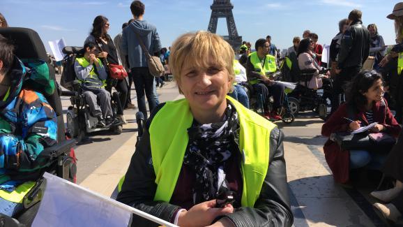 Patricia lors du rassemblement du 11 avril 2017 place du Trocadéro, à Paris