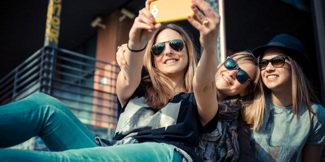 narcisismo selfie web
