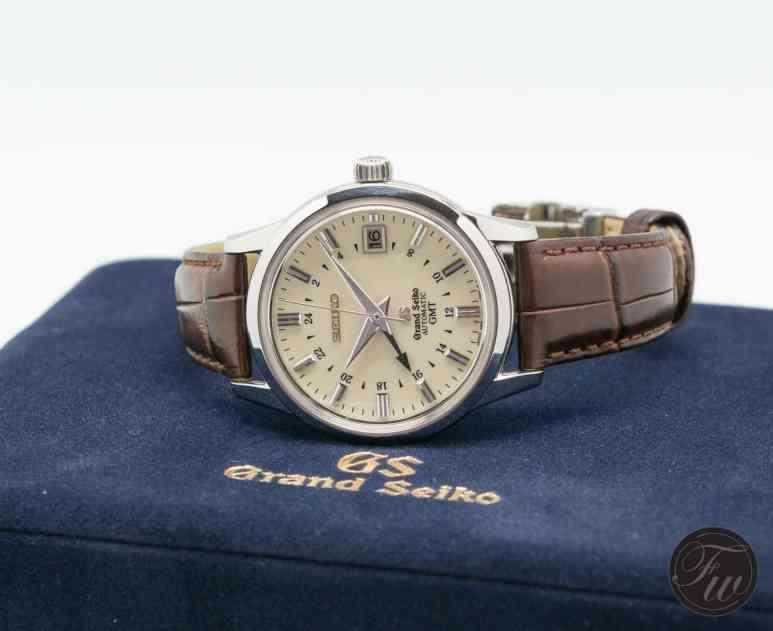 GrandSeikoSBGM021-8209