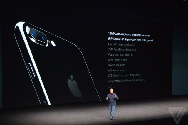 apple-iphone-watch-20160907-5563
