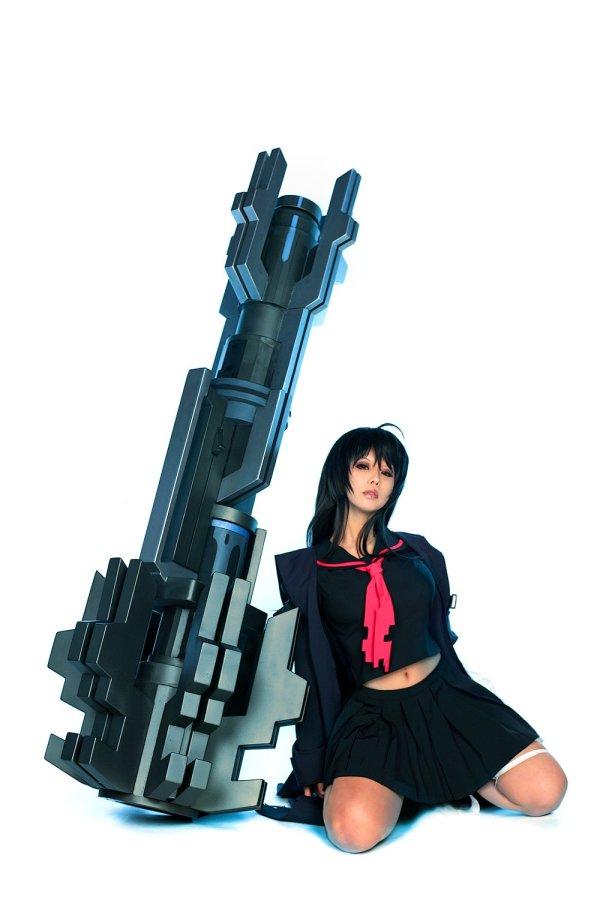Iris Yuma Hammer Stol cosplay 1