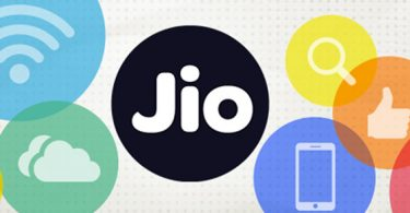 Jio SIMs being sold in black as Reliance stores cite server failure