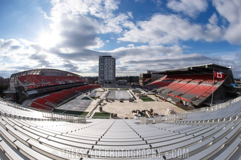 OTTAWA, ON - DECEMBER 8: A general view of the stadium during rink buildout ahead of the Scotiabank NHL100 Classic at Lansdowne Park on December 8, 2017 in Ottawa, Canada. (Photo by Andre Ringuette/NHLI via Getty Images)