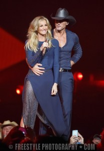 Tim McGraw and Faith Hill - Canadian Tire Centre