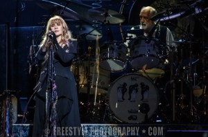 Fleetwood Mac - Canadian Tire Centre