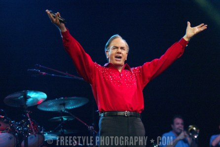 Neil Diamond Nov. 18, 1998 PHOTO: Andre Ringuette/Freestyle Photography