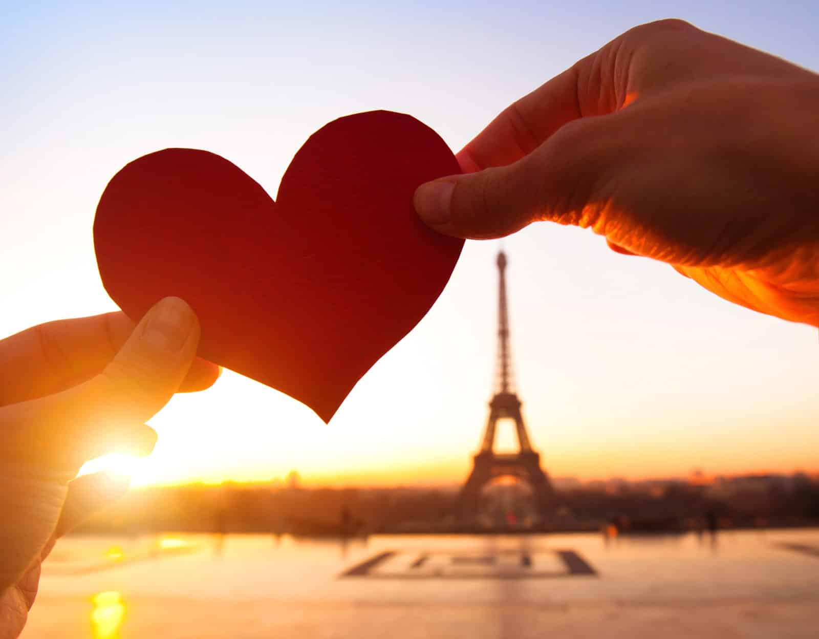 Christmas France French Today Valentine Day Photos Friends Valentine S Day Photoshoot Ideas Him Day France French Today Joyeuse Saint Valentin Day photos Valentines Day Photos