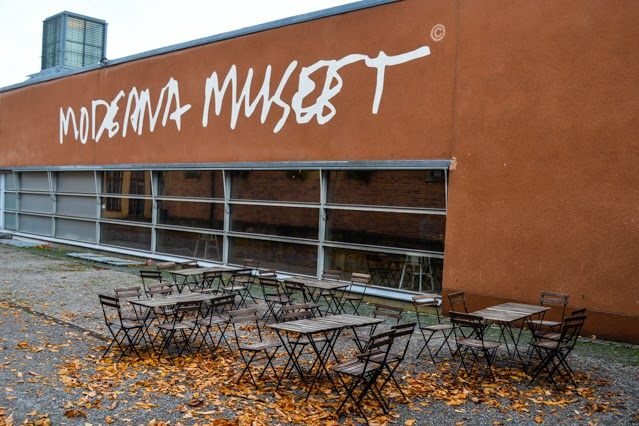 moderna museet in autumn