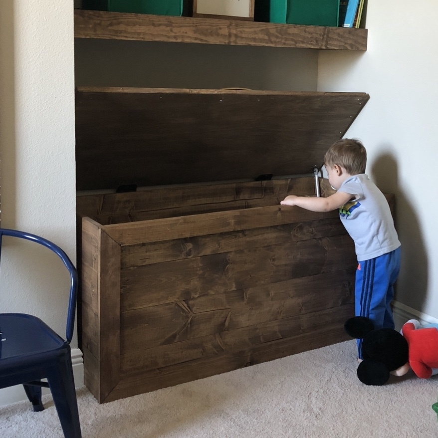 Easy DIY Toy Box