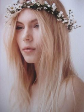 eUroitc TV Model Tiara