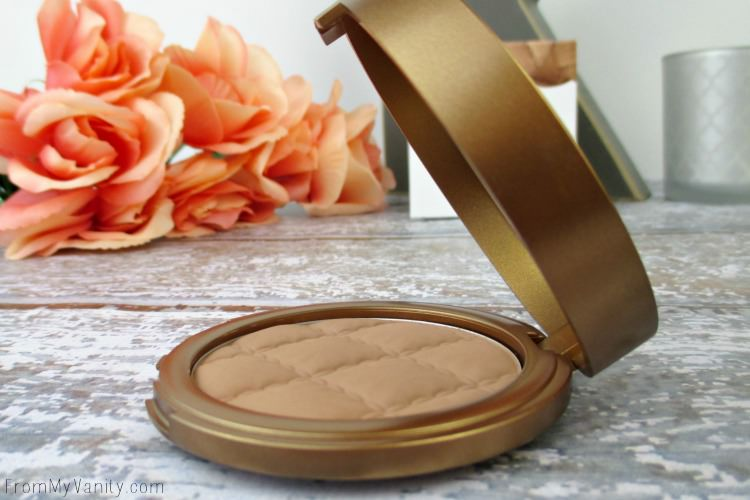 The packaging for this Laura Geller Beach Matte Bronzer is very top-heavy!