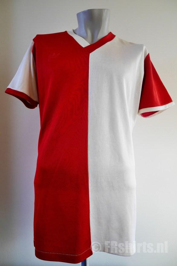 1979-1980 Thuisshirt Nr 8