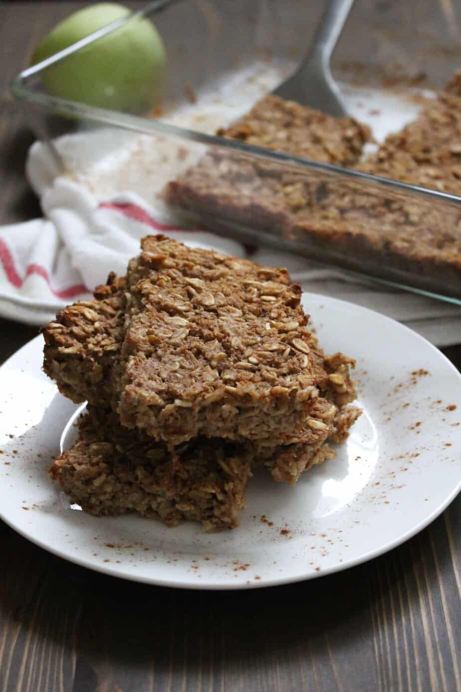 Pear Oatmeal Bars With Old Fashioned Oats