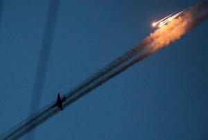 Bloomberg Putin plans air strikes in Syria