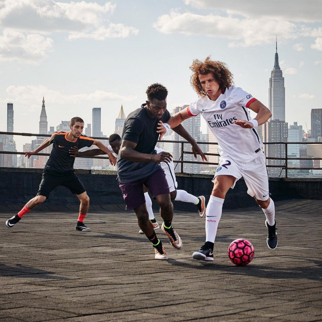 NIKE FOOTBALL x PSG // Away jersey reveal NYC 2015 // Behind the scenes during photoshoot by Cyril Masson