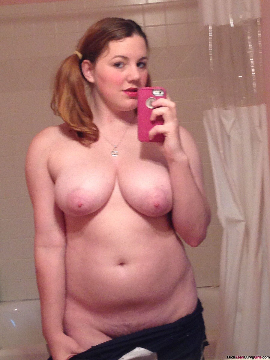mama takes a selfie