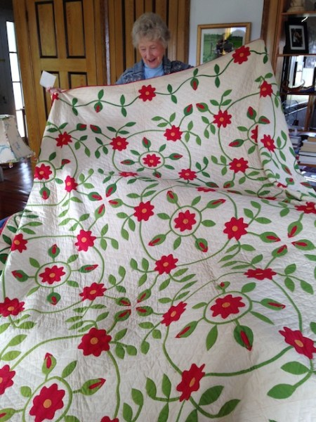 Mary and the Rose of Sharon Quilt