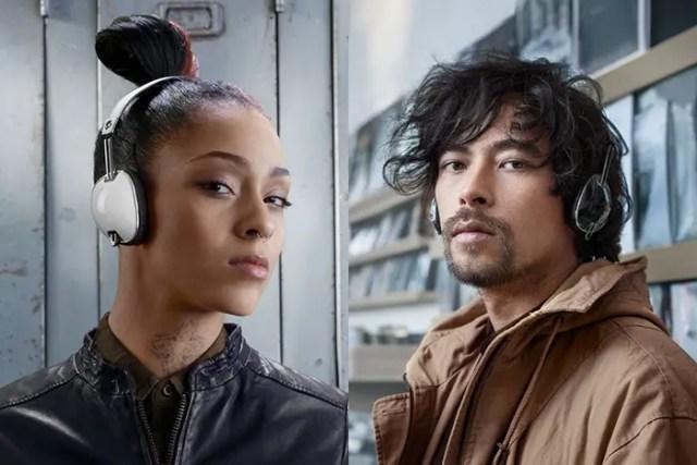 skullcandy-aviator-on-ear-headphones-2-FSMdotCOM