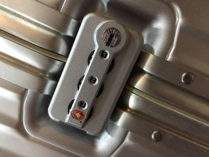 密碼行李箱