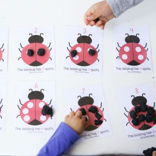 ladybug-playdoh-activity