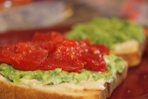 Quick and Easy PB/N (Plant-based, Nutritarian) Breakfast- Savory Breakfast Toasts!