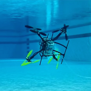 Flying-swimming-drone3